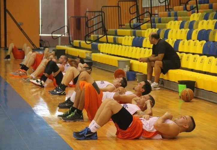 El equipo esta motivado y los jugadores continúan sus entrenamientos. (Redacción/SIPSE)