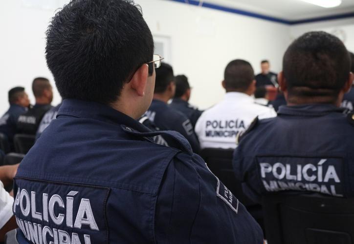 Capacitan a policía para las próximas elecciones. (Foto: SIPSE)