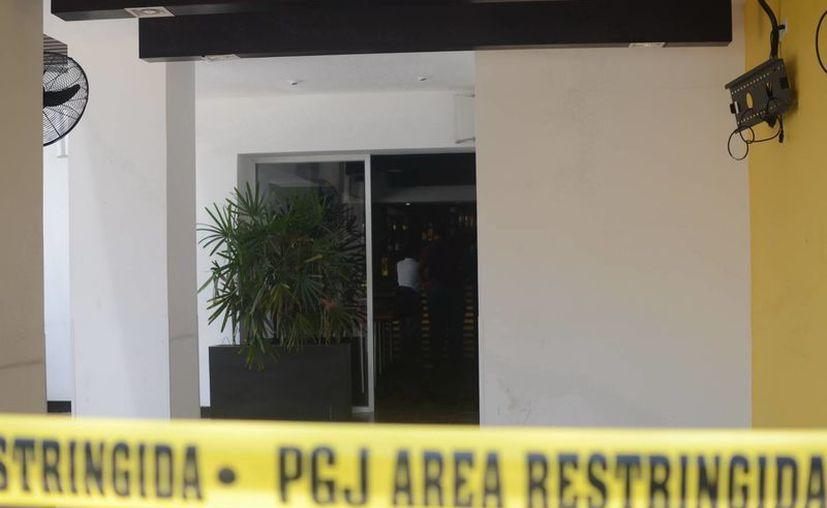 El restaurante se encuentra bajo resguardo de las autoridades. (SIPSE)