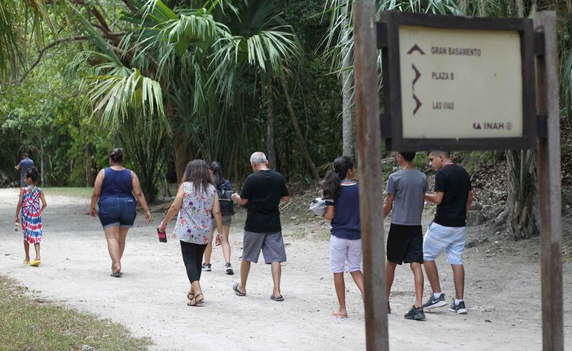 Disminuyó el número de visitantes en los centros arqueológicos. (Daniel Tejada/SIPSE)