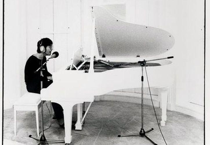 John Lennon es una de las máximas estrellas que ha trascendido a lo largo de varias décadas gracias a su música. (Notimex)