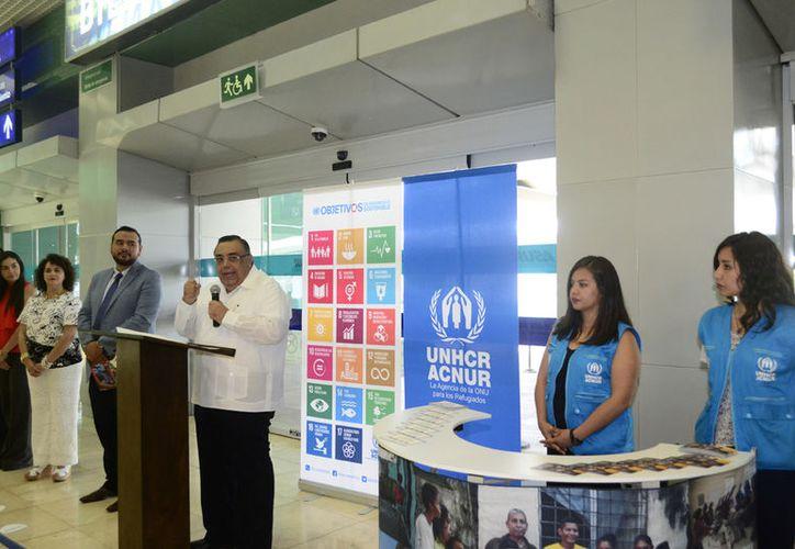 El módulo de contacto del Alto Comisionado de las Naciones Unidas para los Refugiados (Acnur) está presente desde ayer en Mérida. (Daniel Sandoval/Milenio Novedades)