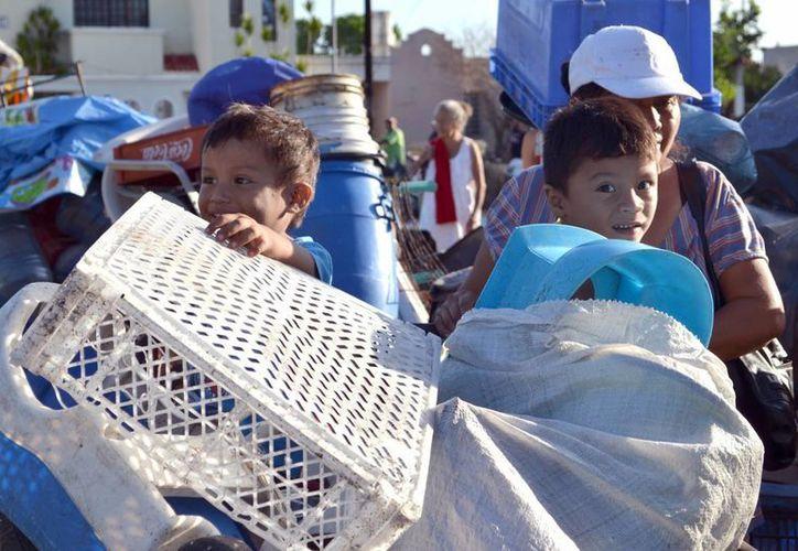 La Sedesol ha vuelto a la carga con el programa Recicla por tu bienestar, para ayudar en el combate al dengue y chikungunya. (SIPSE)