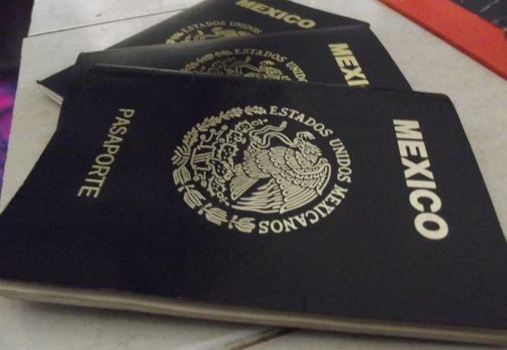 El pago por derechos federales de pasaporte se realiza en instituciones bancarias. (Redacción/SIPSE)