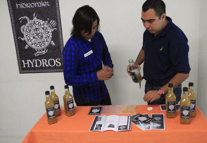 Los estudiantes trabajaron con diferentes materias para realizar los productos. (Tomás Álvarez/SIPSE)