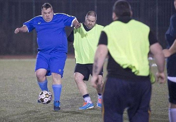 Las acciones de la liga para obesos arrancaron el pasado 11 de enero y aún hay cupo para los equipos que deseen inscribirse. (Foto tomada de Man V Football)