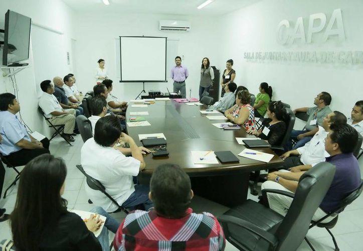 El taller esta dirigido a personal de la dirección general y los organismos operadores de Othón P. Blanco y Bacalar. (Redacción/SIPSE)