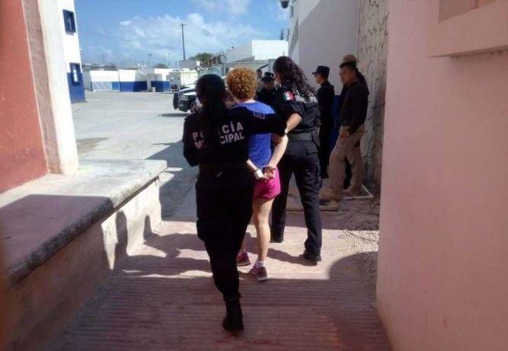Benette N no se presentó a la cita con las autoridades, por el caso del automóvil que dañó con un martillo. (Archivo/SIPSE)