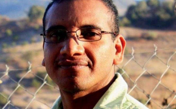 Vidulfo Rosales, abogado de los familiares de los normalistas de Ayotzinapa desaparecidos. (@VidulfoRosales)