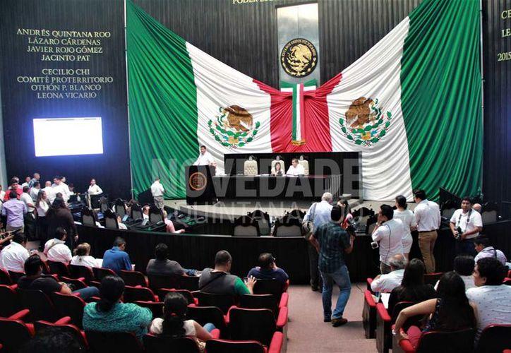 El Congreso de Q. Roo determinó que es procedente la solicitud de juicio político en contra de Freddy Marrufo Martín. (David De La Fuente/SIPSE)