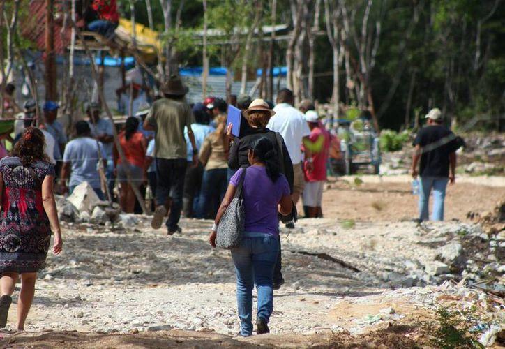 Autoridades identifican a cuatro presuntos líderes dentro del asentamiento irregular conocido como 'In House' en Playa del Carmen. (Adrián Barreto/SIPSE)