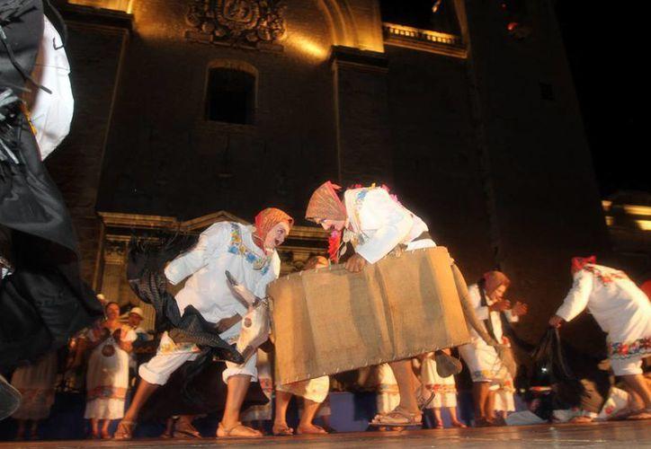 """Como parte de las actividades de """"La Noche Blanca"""" se ofrecieron diversas muestras artísticas. (Milenio Novedades)"""