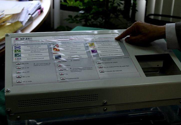 El sistema de voto electónico se utiliza en países como Brasil, Estados Unidos y Venezuela. (Notimex)