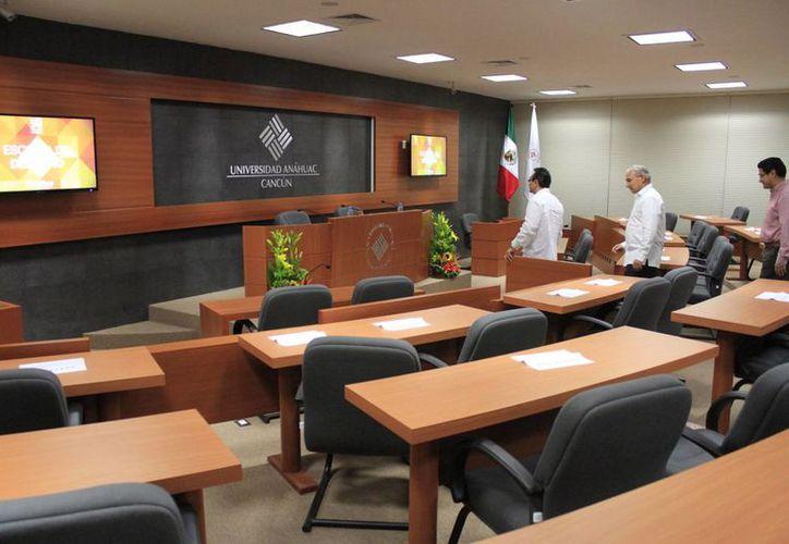 El salón será para las prácticas de los estudiantes. (Sergio Orozco/SIPSE)