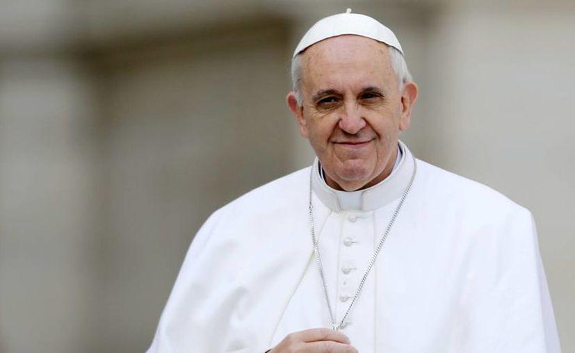 """El líder católico Papa Francisco autorizó los primeros """"beatos"""" y """"venerables"""" de su pontificado. (Agencias)"""