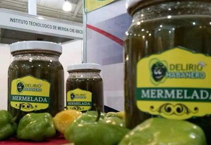 Estudiantes crean su nueva mermelada de chile habanero. Buscan exportar a otros estados y al extranjero. (Milenio Novedades)