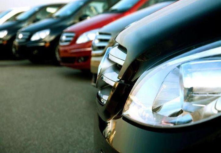 Hay pequeños hábitos que hacen que tu automóvil se devalúe más de lo que esperas. (dineroenimagen.com)
