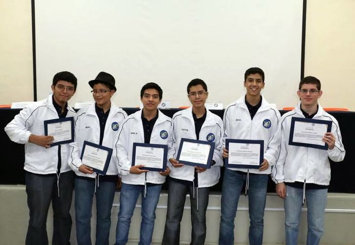 Los participantes saldrán rumbo al Estado de México acompañados por académicos. (SIPSE)