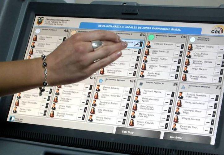 El voto electrónico debe ser una realidad para la elección de 2018, consideran analistas. La imagen se utiliza con fines estrictamente referencial. (Youtube.com)