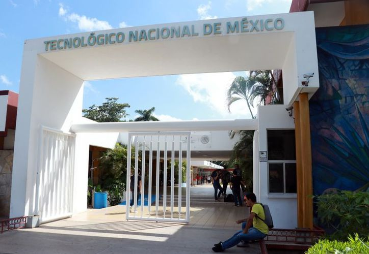 Más de 7 mil estudiantes afectados por el paro de hoy en el Tec de Mérida. (Milenio Novedades)