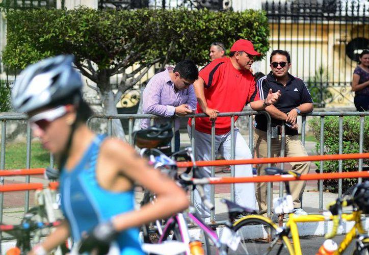 El Gobernador destacó las ventajas de organizar eventos deportivos de gran magnitud. (Luis Pérez/SIPSE)