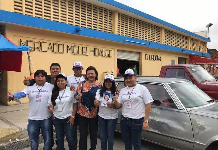 Sofía Castro Romero es la única aspirante independiente a Gobernador que está con buen margen de firmas, antes que se acabe el tiempo del registro ante el Iepac. (Facebook)