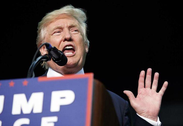 La campaña electoral de Donald Trump por la presidencia de EU ha sido arrasadora. (AP/Evan Vucci)