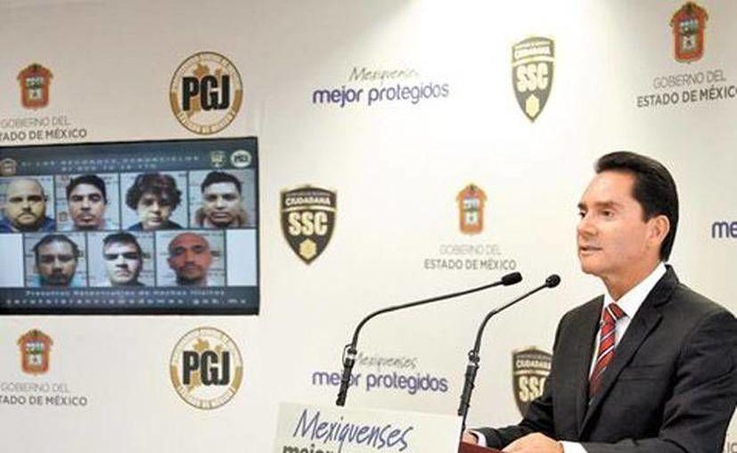 Miguel Ángel Contreras, procurador del Estado de México, en conferencia de prensa, anunció la desarticulación de una banda de secuestadores en el Estado de México. (Milenio Digital)