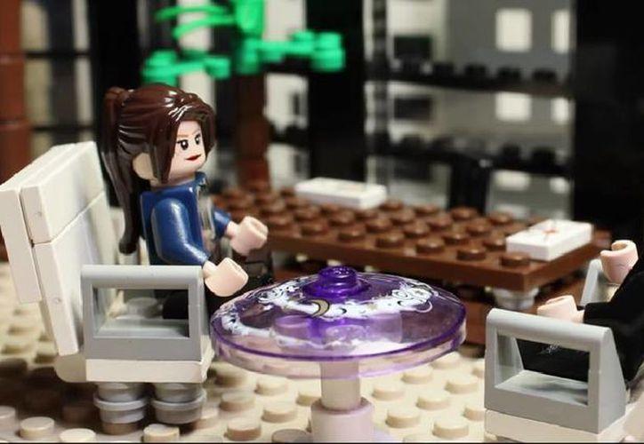 Lego hizo su propia versión del filme '50 sombras de Grey', que se estrenará a nivel mundial la semana que viene. (Captura de pantalla de YouTube)