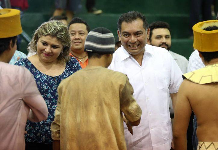 El secretario de Gobierno, Víctor Caballero Durán, en visita al penal en Mérida. (Milenio Novedades)