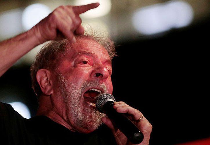 """Lula remarcó que las ideas """"no se condenan"""", sobre todo la idea """"que ha ganado en este país"""" de que """"el pueblo sabe gobernar mejor que la élite"""". (RT)"""