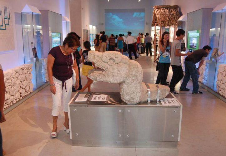 El Gran Museo del Mundo Maya de Mérida ha despertado interés de turistas nacionales y extranjeros. (SIPSE)