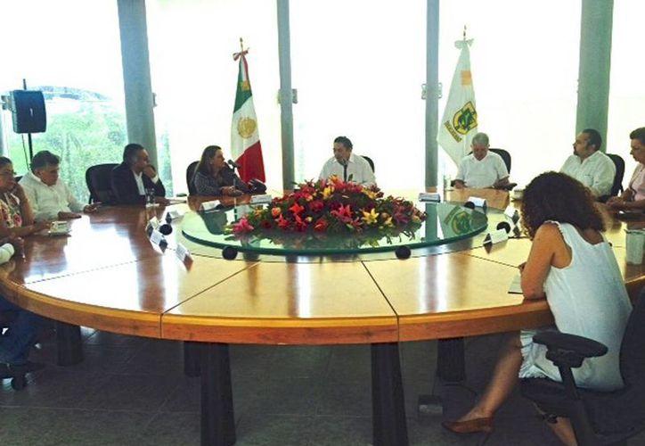 La representante de Unicef México, Isabel M. Crowley, visitó el TSJY. (Milenio Novedades)
