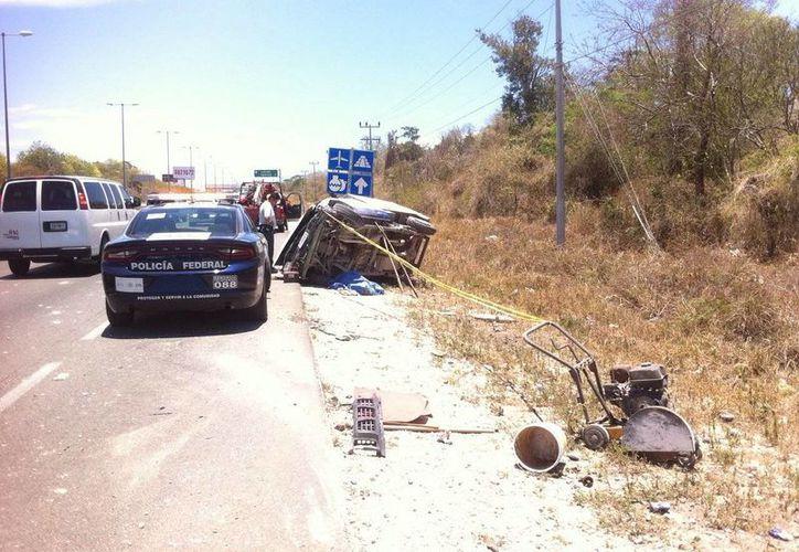 El copiloto falleció en el lugar de los hechos. (Sergio Orozco/SIPSE)