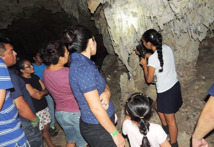 El primer foro científico denominado 'El Río Que Nos Une' será dentro de una caverna de la Riviera Maya. (Daniel Pacheco/SIPSE)