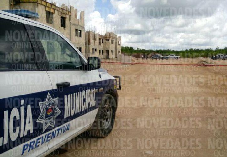 El área fue acordonada para realizar las investigaciones correspondientes. (Luis Pérez/SIPSE)