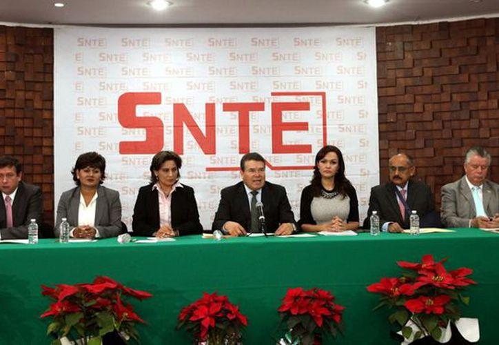 Una de las facultaes del Consejo Nacional del SNTE es la definición de propuestas con respecto al desarrollo del proceso educativo nacional. (REFORMA)