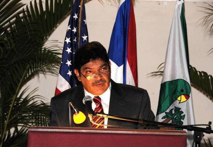 Eduard Rivera Correa fue alcalde de Río Grande durante casi una década. (twitter.com/Foro_Noticioso)