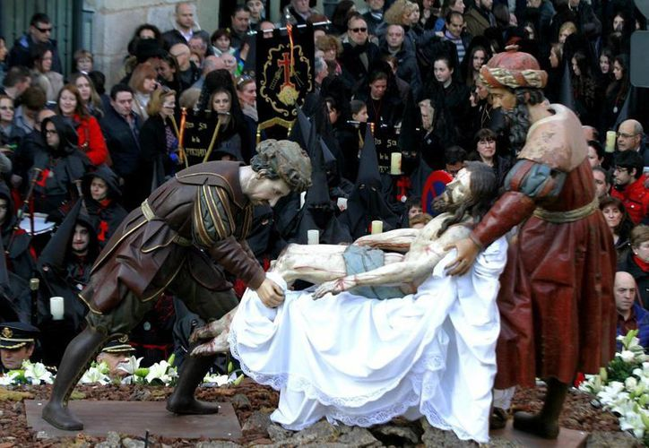 La Semana Santa de la ciudad española de Valladolid busca la protección de la Unesco. (Notimex)