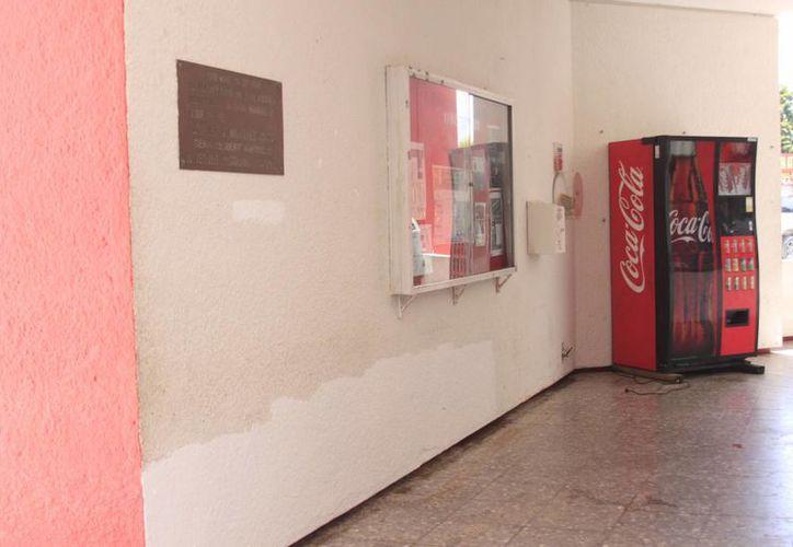 Solicitará a las autoridades municipales de Protección Civil que realicen una supervisión para verificar el estado que guarda el edificio. (Harold Alcocer/SIPSE)
