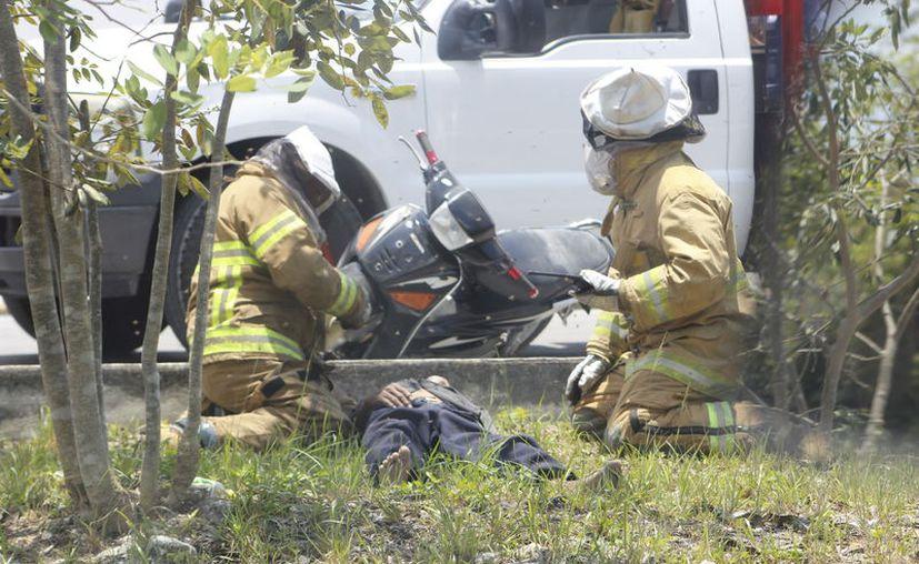 Bomberos arribaron para rescatar al hombre de 63 años. (Redacción)