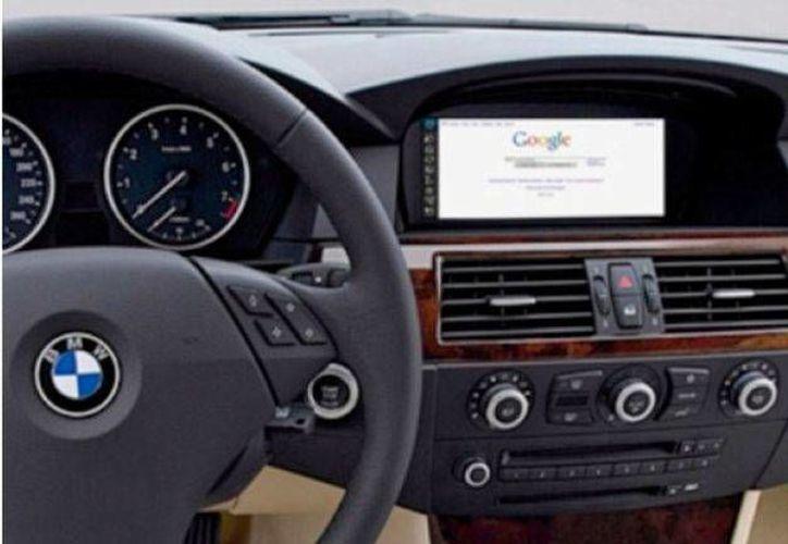 Se estima que en 2020, el 62 por ciento de los automóviles vendidos en el mundo cuenten con conectividad total a internet. (publimetro.com.mx)