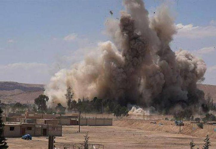 Decenas de personas han muerto en los combates entre las fuerzas del régimen sirio y el Estado Islámico.  (EFE)