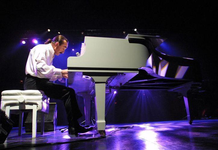 Raúl Di Blasio dará uno de los 17 conciertos programados como parte del Festival Internacional de Música. (adnsureste.info)