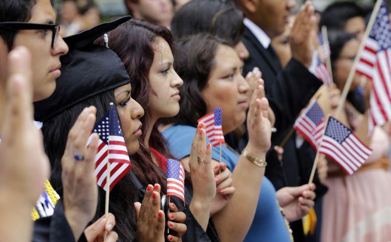 Procuradores demandarán a Trump si no elimina programa de 'dreamers'