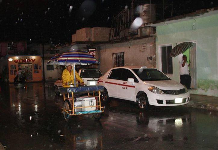 se pronostica que jueves, viernes y sábado se registren lluvias diversas. (Julian Miranda/SIPSE)