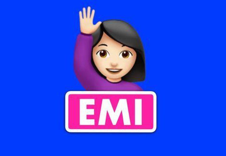 A través de Facebook Messenger, usuarios de esta red social pueden chatear con EMI. (Foto: Milenio)