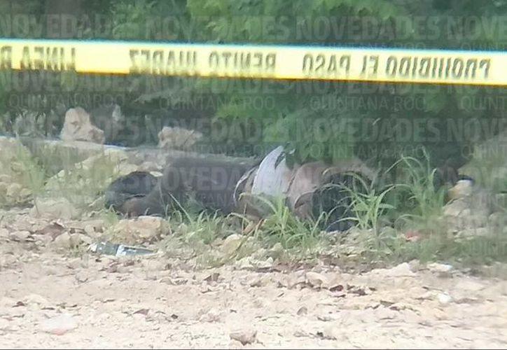 El cuerpo de la persona fue encontrado entre la maleza. (Eric Galindo)