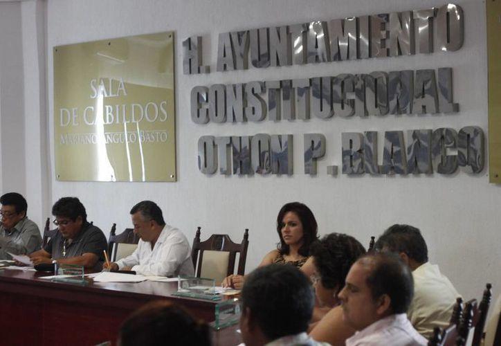 Son 130 mil pesos, aproximadamente, los que el Ayuntamiento está obligado a erogar para la publicación de los cuatro reglamentos. (Archivo/SIPSE)