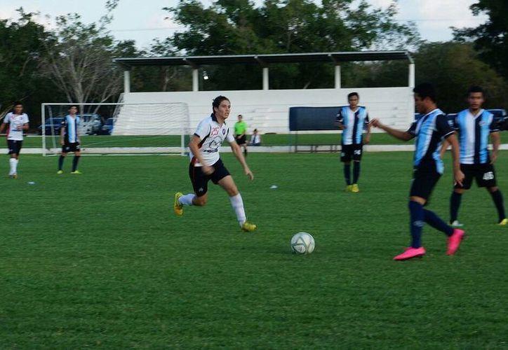 Imagen de los partidos de la Liga Premier de Futbol de Primera Fuerza. (Milenio Novedades)
